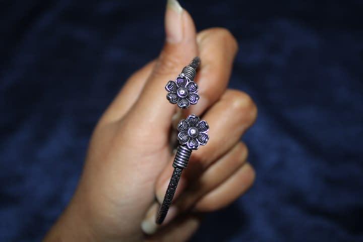 Handmade Flower bracelet 4