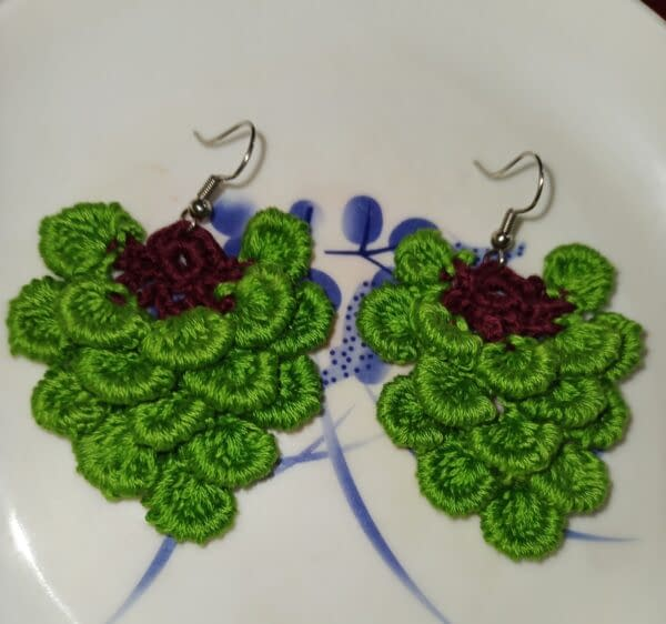 Handmade Yammy green earrings 4