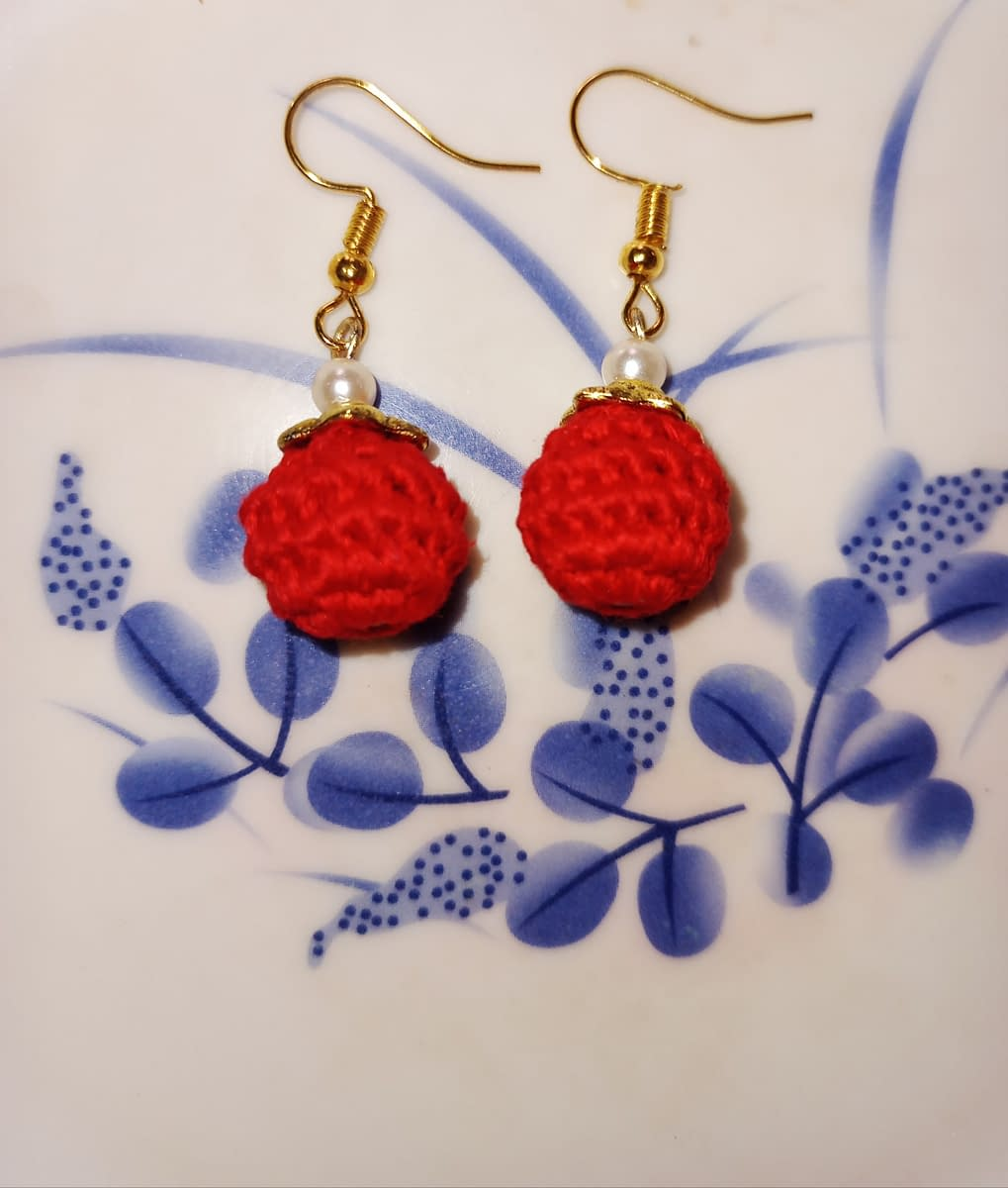 Handmade Red bead earrings 4