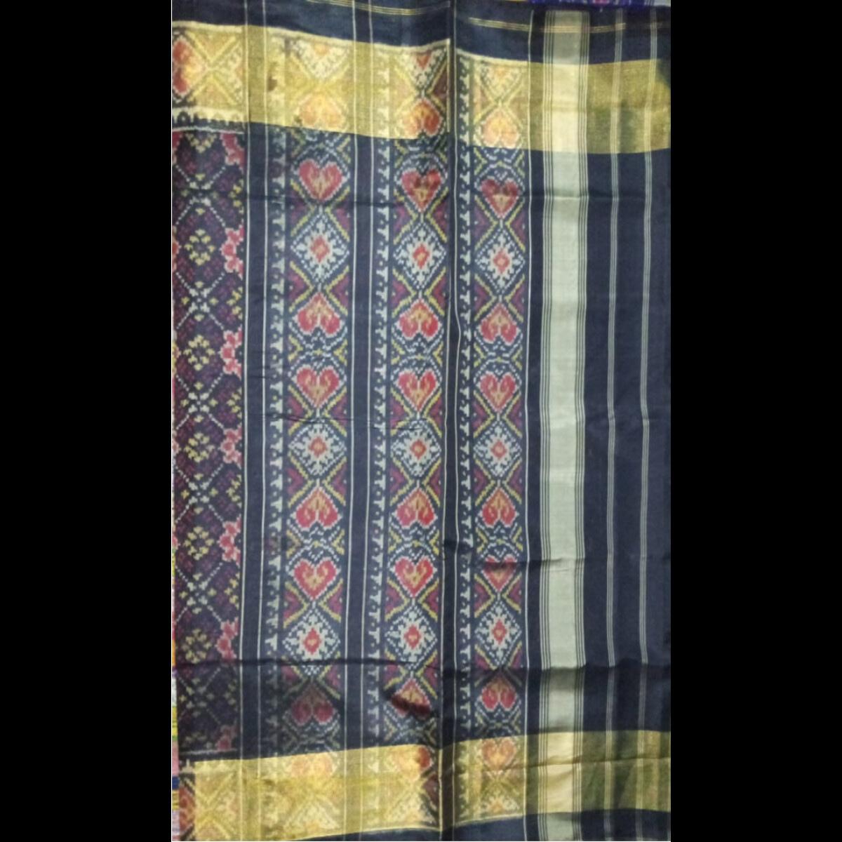 Handmade Handwoven Patan Patola Silk Saree 4