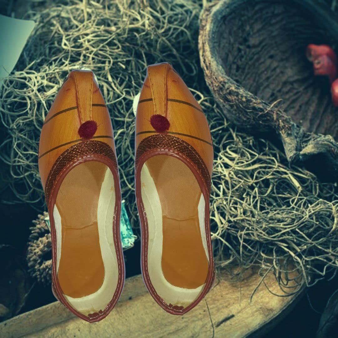 Handmade Leather Comfortable Mojari 3