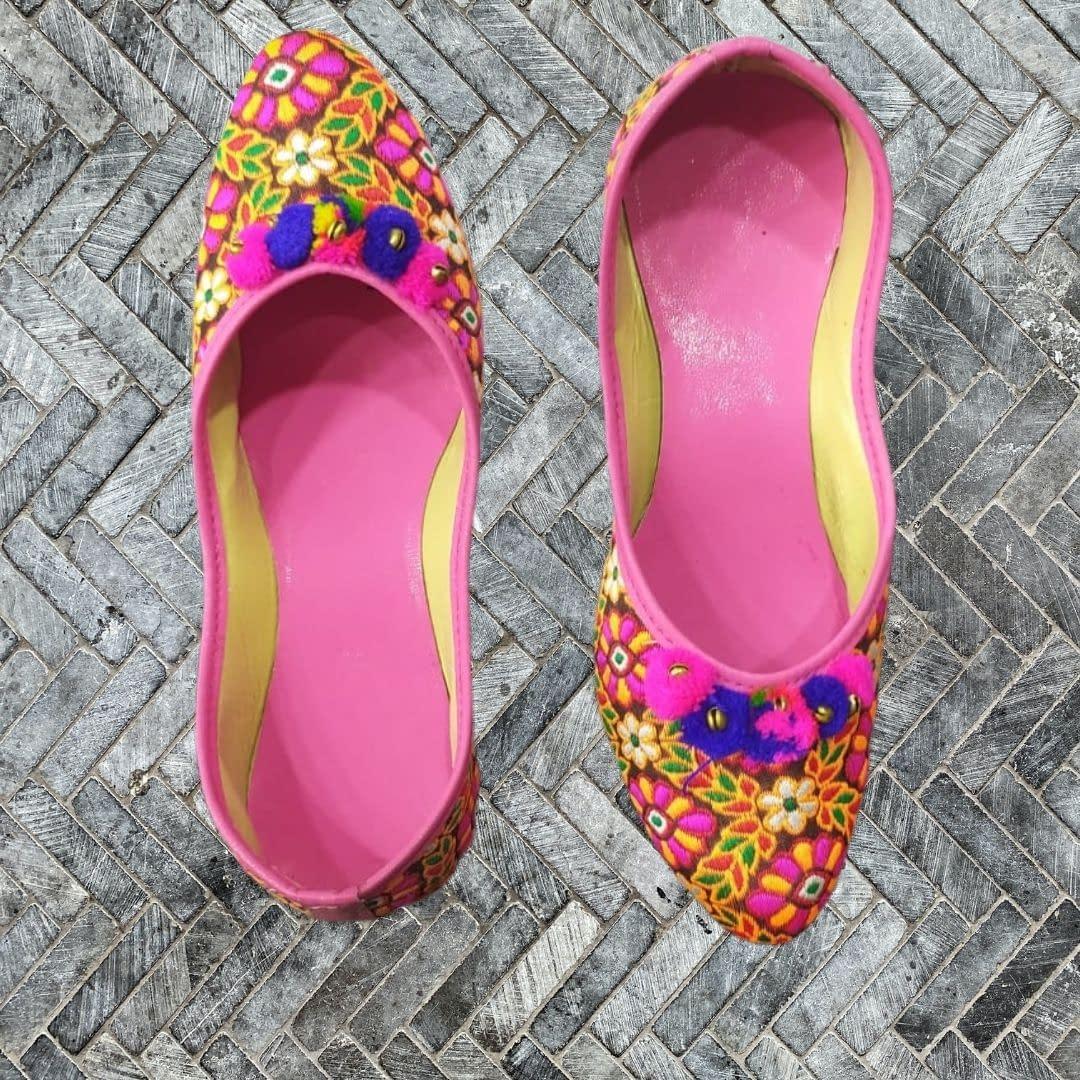 Handmade Beautiful Pink Mojari 4