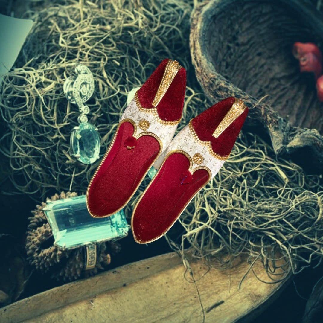 Handmade Red Velvet & Beige Mojari 3