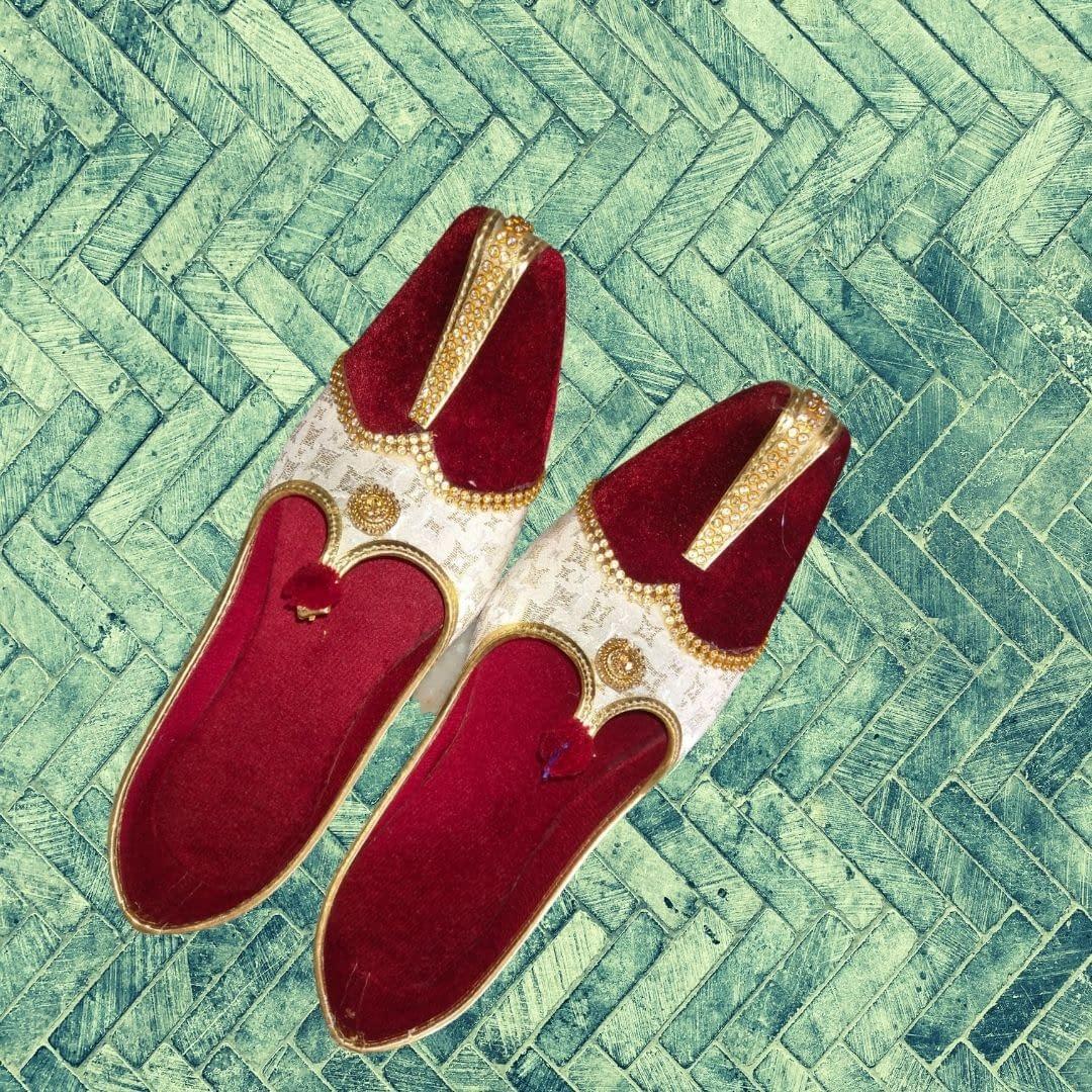 Handmade Red Velvet & Beige Mojari 4