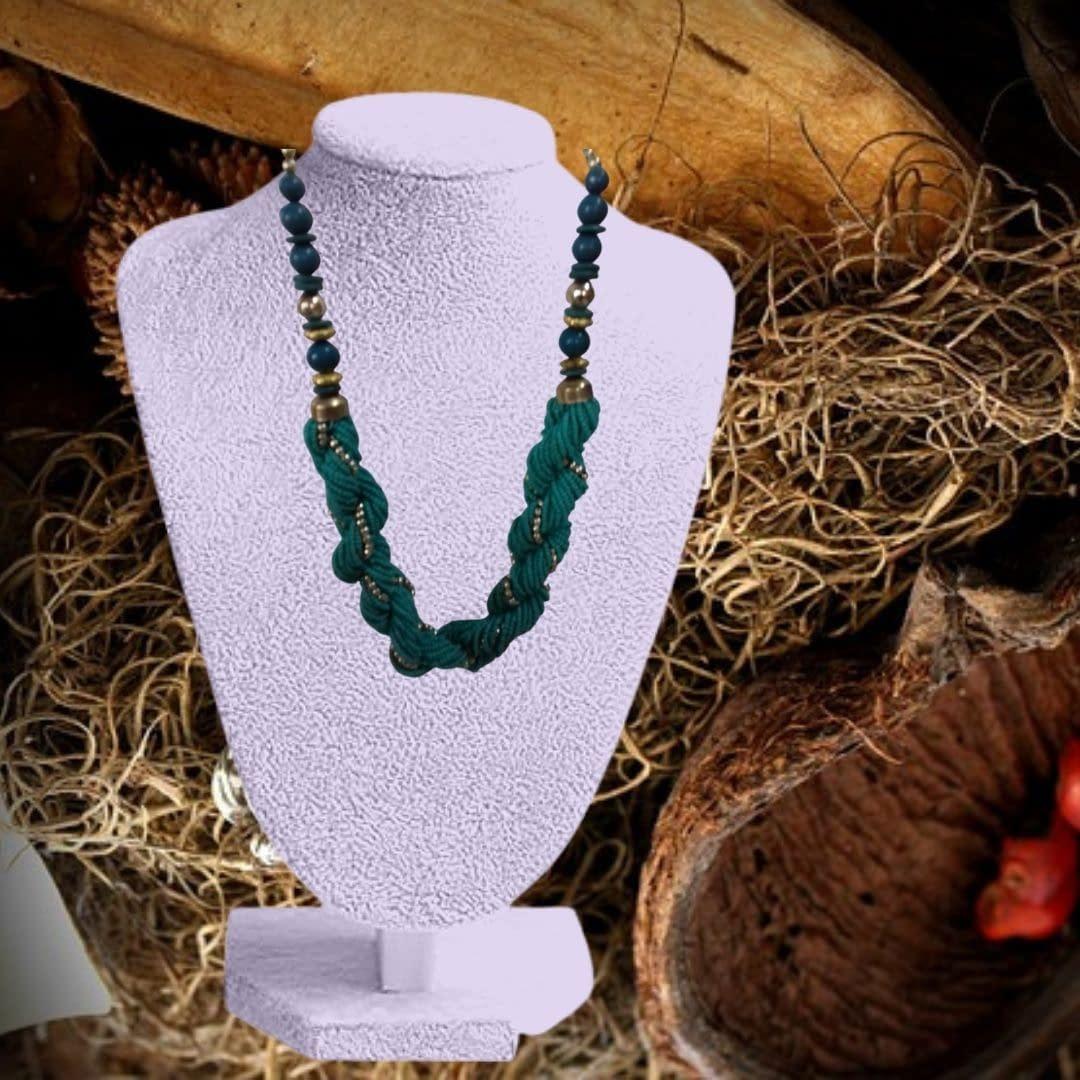 Handmade Beaded Fashion Statement Necklace 3