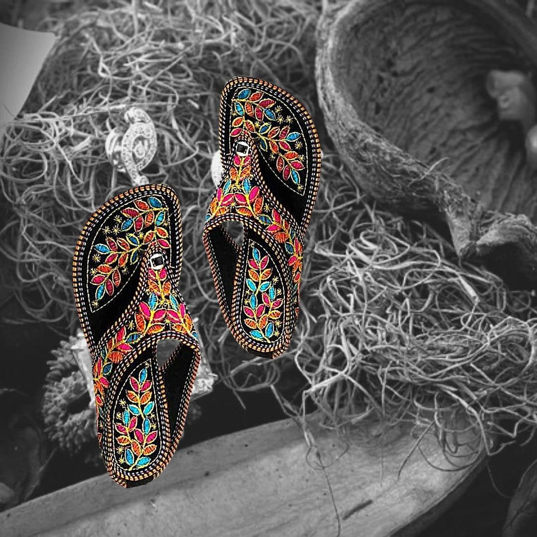 Handmade Rajsthani design Chappal 3