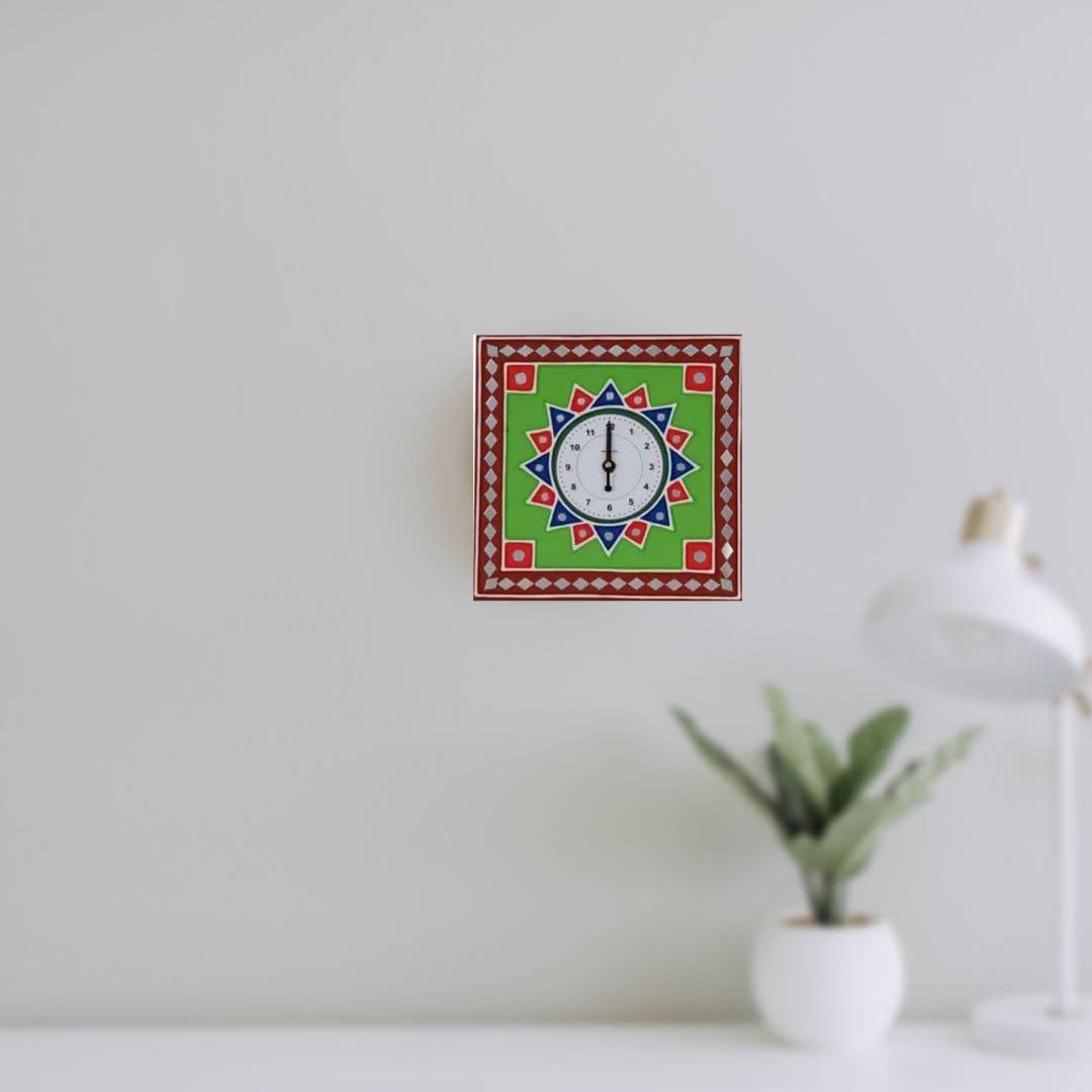 Handmade Mud-art Wall-clock 3