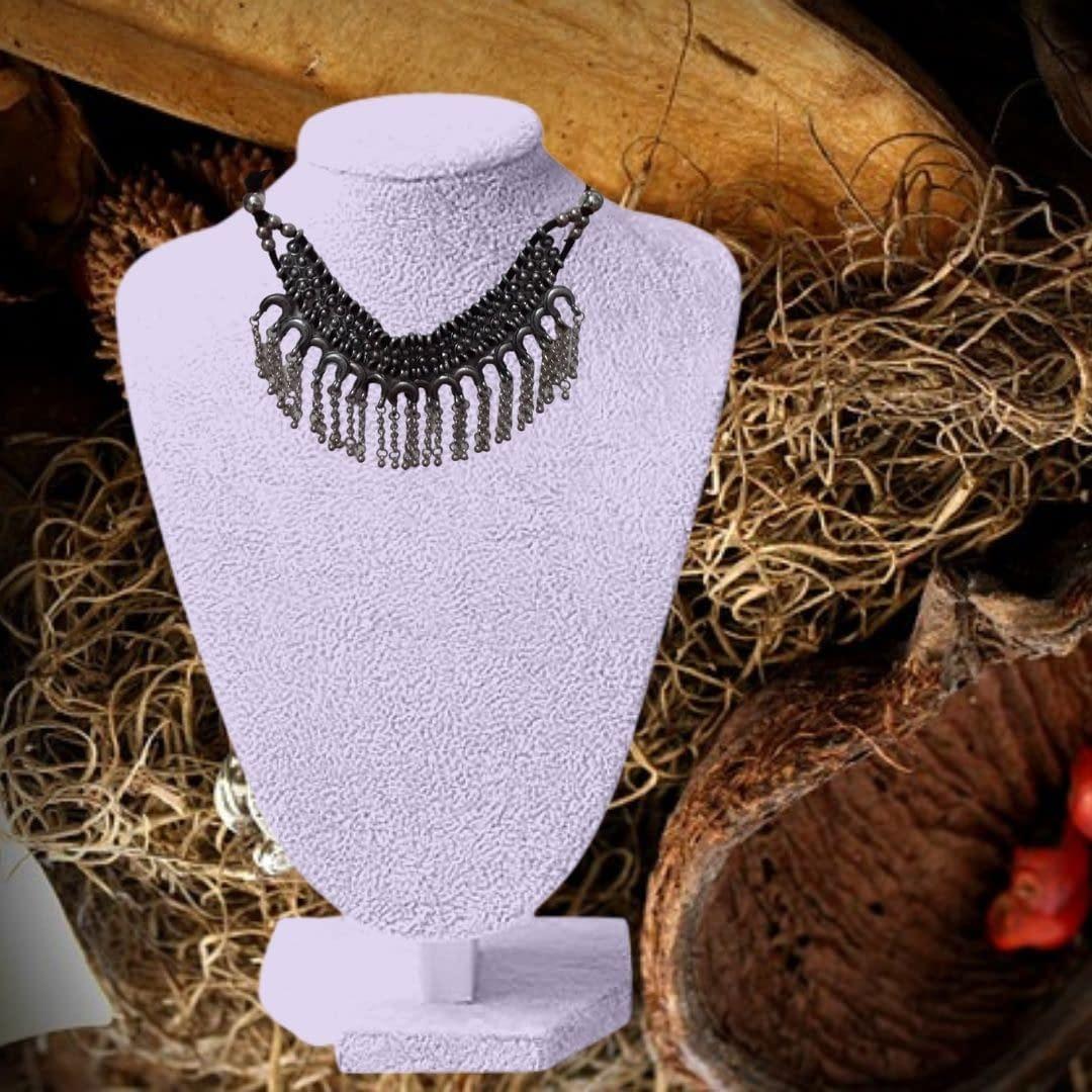 Handmade Vintage Black Necklace 3