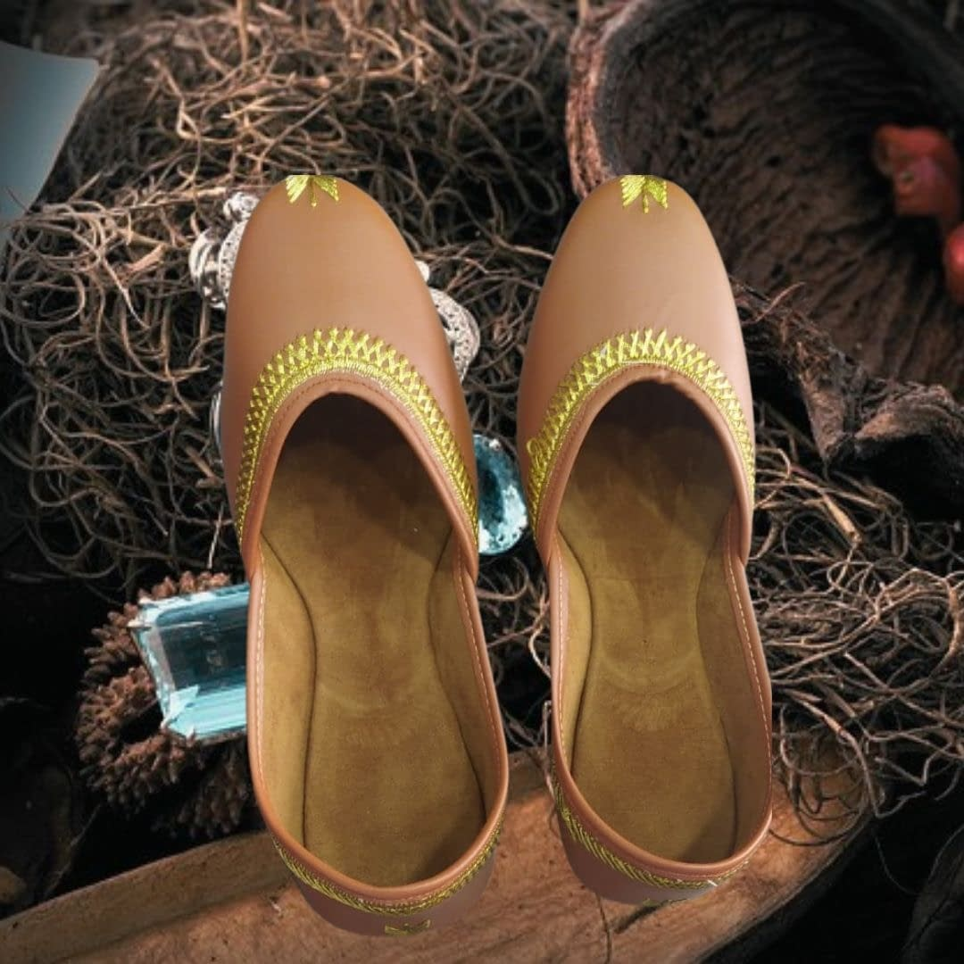 Handmade Comfortable Trendy Mojari light Brown 3