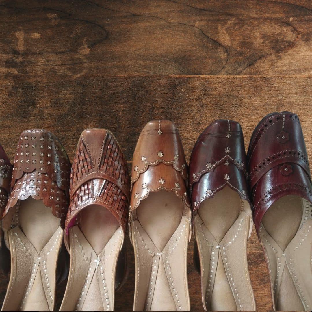 Handmade Royal Design pure leather Mojari 4