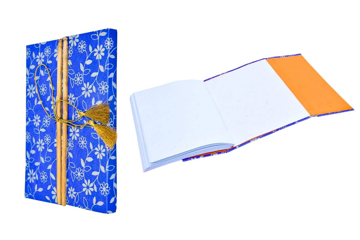 Handmade Recycled Paper Artist Diary with bamoo lock (Set of 2) 4