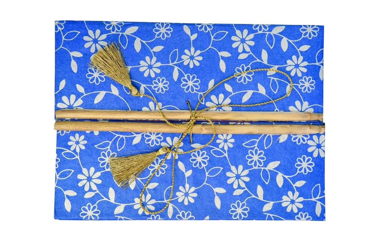 Handmade Recycled Paper Artist Diary with bamoo lock (Set of 2) 3