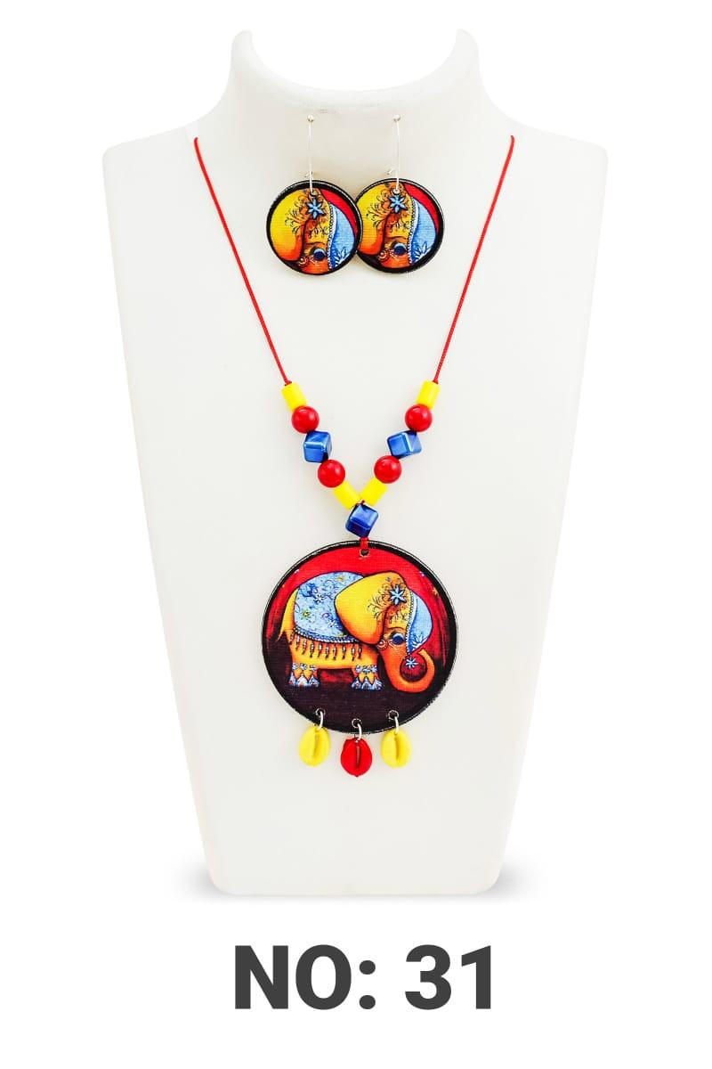 Handmade Elephant Wood pearl necklace 4