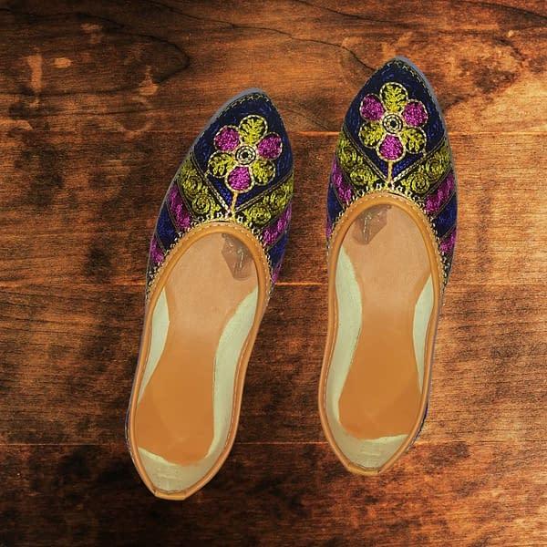 Handmade Blue & Yellow Mojari 3