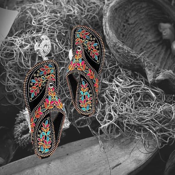 Handmade Rajsthani design Chappal