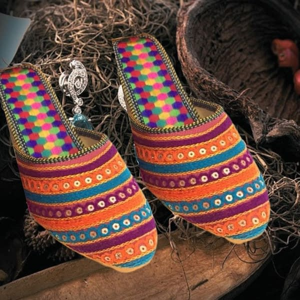 Handmade Comfortable Trendy open mojari