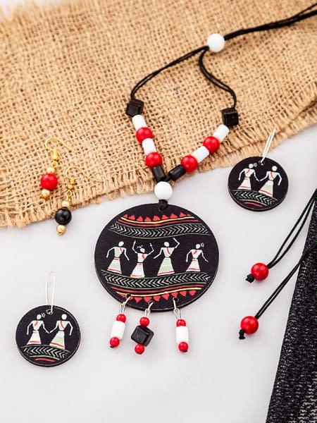 Handmade Dandiya Wood & Pearl necklace & Earrings