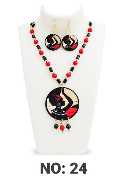 Handmade Shaman Wood & Pearl Necklace set 3